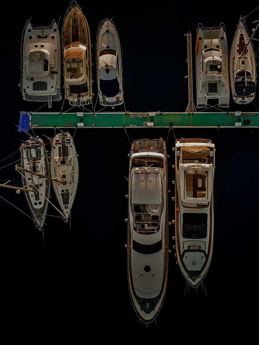 fotografia-aerea-con-dron-puerto-deportivo